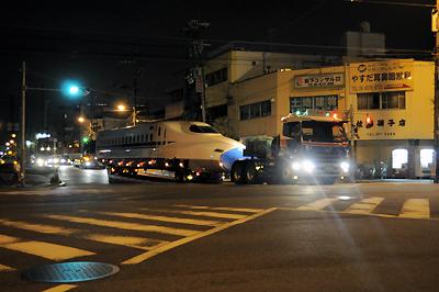 2011 8月12日 新幹線 N700 16号車 陸送 港区三先